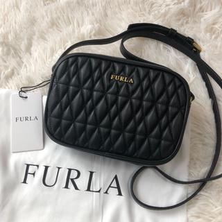 フルラ(Furla)の新品 フルラ コメタ キルティングレザー ショルダーバッグ ブラック(ショルダーバッグ)