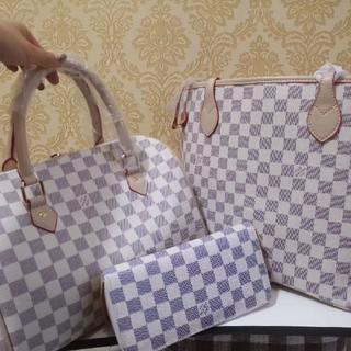 ルイヴィトン(LOUIS VUITTON)の買い物袋、ハンドバッグ、長財布、(ハンドバッグ)