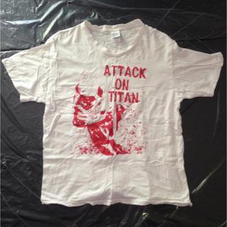 コウダンシャ(講談社)の進撃の巨人 Tシャツ 白 Lサイズ(Tシャツ/カットソー(半袖/袖なし))