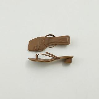 トゥデイフル(TODAYFUL)のTODAYFUL 新作 Squaretoe Strap Sandals サンダル(サンダル)