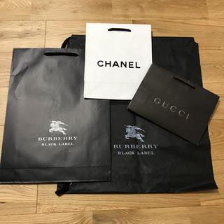 c8ea6338505a シャネル(CHANEL)のショッパー 紙袋 袋 CHANEL GUCCI BURBERRY 4枚(ショップ袋