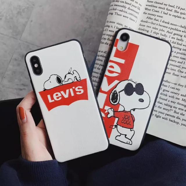 Levi's リーバイス iPhoneケース スヌーピー かわいい 全2種の通販 by るり's shop|ラクマ
