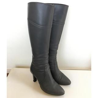 ダイアナ(DIANA)のDIANA グレーのブーツ(ブーツ)