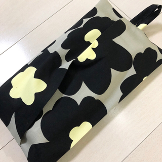ボックスティッシュケース ☆マリメッコ風 ドット ブラック(インテリア雑貨)