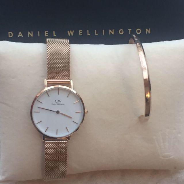 Daniel Wellington(ダニエルウェリントン)の[ダニエルウェリントン] ローズゴールド腕時計ステンレス バングルセット レディースのファッション小物(腕時計)の商品写真