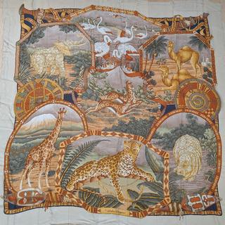 サルヴァトーレフェラガモ(Salvatore Ferragamo)のSalvatore Ferragamo スカーフ 約137x139(cm)(バンダナ/スカーフ)