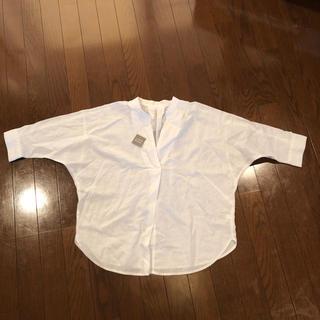 ジーユー(GU)のジーユー リネンブレンド  スキッパーシャツ 白 サイズS(シャツ/ブラウス(長袖/七分))