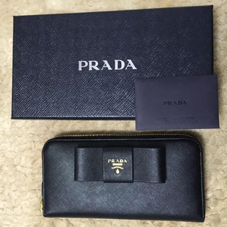プラダ(PRADA)のPRADA プラダ 長財布 リボン(財布)