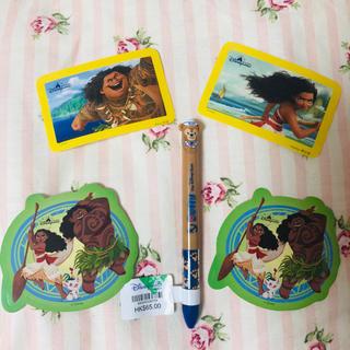 ダッフィー - 【香港ディズニー限定♡】ダッフィーボールペン モアナと伝説の海シール4枚