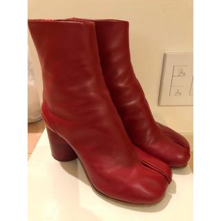 マルタンマルジェラ(Maison Martin Margiela)の美品♡7cmヒール マルタン マルジェラ 赤 足袋ブーツ  36.5(ブーツ)