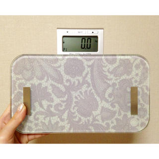 フランフラン(Francfranc)の総体脂肪率 体水分率計付き体重計(体重計/体脂肪計)