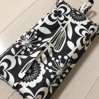 ボックスティッシュケース ☆レトロモダンフラワー(インテリア雑貨)