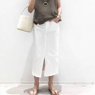 アパルトモンドゥーズィエムクラス(L'Appartement DEUXIEME CLASSE)のホワイトデニムスカート  ♦︎ 36(ロングスカート)