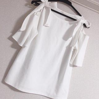 GU - ♡♡ GU Tシャツ