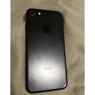 アップル(Apple)のSIMロック解除済みiPhone7    32G(携帯電話本体)