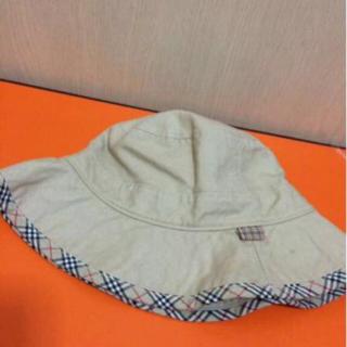 バーバリーブルーレーベル(BURBERRY BLUE LABEL)の本物バーバリーブルレのベージュ系チェックのお帽子 フリーサイズ(ハット)