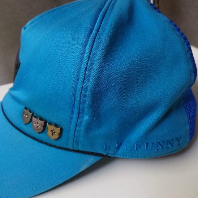 EYEFUNNY(アイファニー)のEYEFUNNY のダイヤ付キャップ メンズの帽子(キャップ)の商品写真