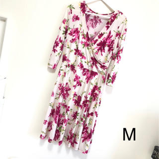 ドレス(ひざ丈ワンピース)