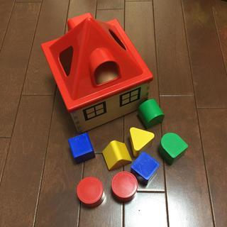 イケア(IKEA)のIKEA♡型合わせ(知育玩具)
