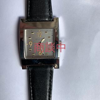 グッチ(Gucci)の【美品】GUCCIグッチ腕時計メンズ(腕時計(デジタル))