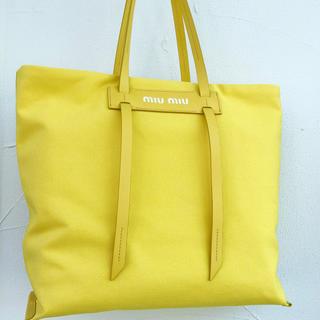 ミュウミュウ(miumiu)のmiumiu ミュウミュウ 18ss キャンバス ショルダートートバッグ 黄色(トートバッグ)