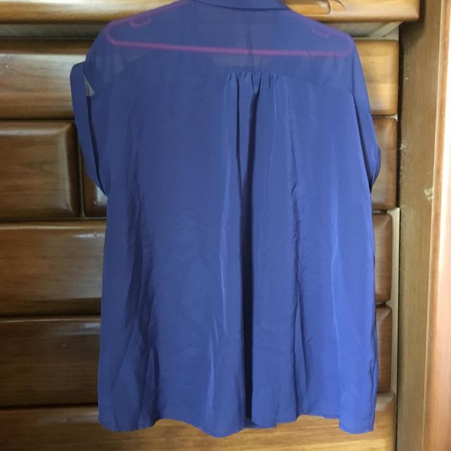 GU(ジーユー)のGU大きいサイズシャツブラウスXL レディースのトップス(シャツ/ブラウス(半袖/袖なし))の商品写真