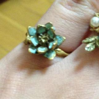 カオリノモリ(カオリノモリ)の花のピンキーリング(リング(指輪))