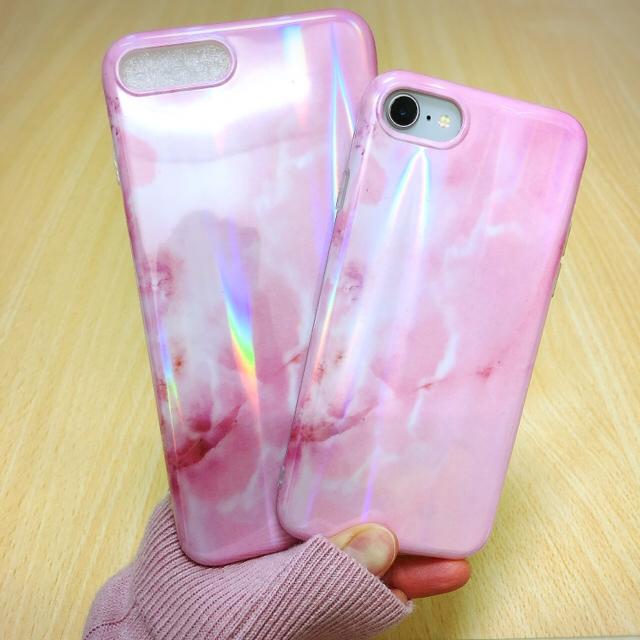 グッチ アイフォーンxs ケース 安い 、 綺麗 ❤︎ オーロラ ピンク マーブル ❤︎ iPhone7/8 ケース 艶ピカの通販 by noropochan's shop|ラクマ
