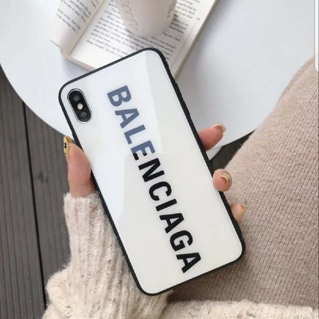 gucci アイフォーン8plus ケース 芸能人 - Balenciaga - iPhone XR ケース ホワイトの通販 by raise shop|バレンシアガならラクマ