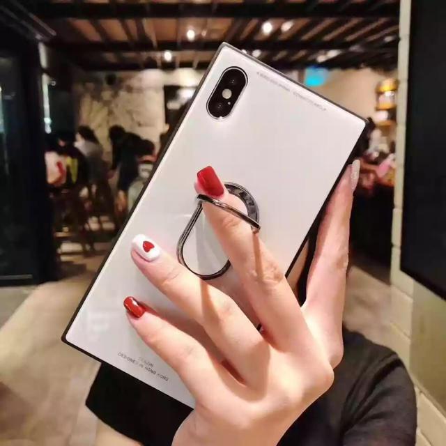 ディズニー iphone7 ケース 激安 、 iPhoneケース スクエア型 リング付き ホワイトの通販 by ブラウンコニー 12/28〜1/5発送休|ラクマ