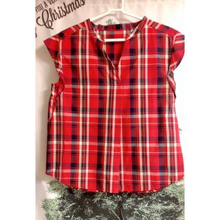 ジーユー(GU)の新品未使用  ギンガムチェック  タータンチェック可愛いお色の赤♡フリルトップス(シャツ/ブラウス(半袖/袖なし))