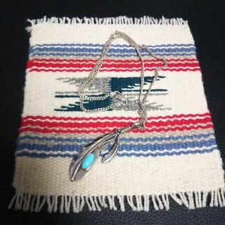 インディアン(Indian)のインディアンジュエリー ナバホ族 ターニャメイス ターニャ フェザー ネックレス(ネックレス)
