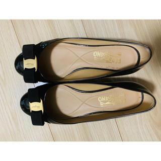 サルヴァトーレフェラガモ(Salvatore Ferragamo)のフェラガモの靴(バレエシューズ)