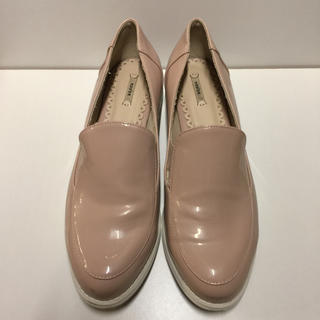ランダ(RANDA)の【人気】RANDA.ピンク エナメル シューズ(ローファー/革靴)