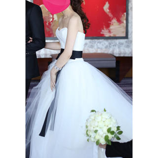5b2ac73b6113f ヴェラウォン(Vera Wang)のヴェラウォン 1g029 スペシャルトレーン(ウェディングドレス)