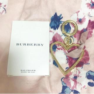 バーバリー(BURBERRY)のBurberryハートチャーム(チャーム)