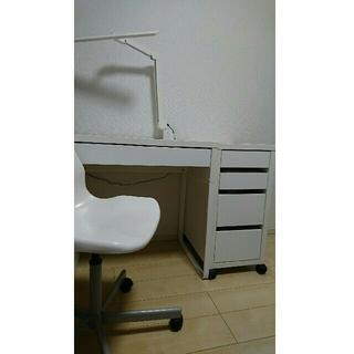 イケア(IKEA)の期間限定出品 IKEA勉強机セット(学習机)