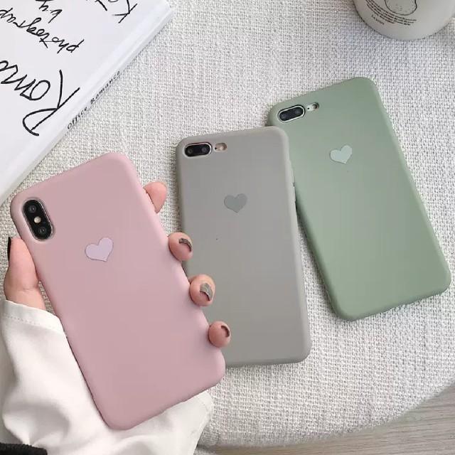iphoneケース 印刷 、 くすみカラー シンプルハートマークスマホケース iPhoneカバー ペア おソロの通販 by なし|ラクマ