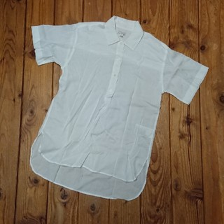 ギャップ(GAP)のGAP   白ブラウス(シャツ/ブラウス(半袖/袖なし))