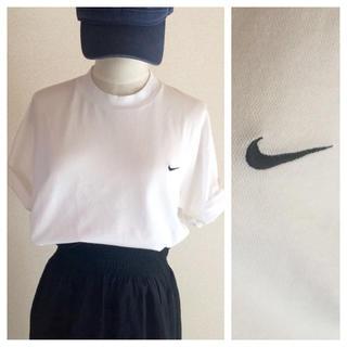 ナイキ(NIKE)のNIKE☆シンプルロゴT 白(Tシャツ(半袖/袖なし))