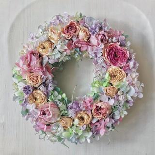 ドライフラワーリース  シルキーピンクのバラ(ドライフラワー)