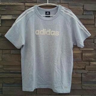 アディダス(adidas)のadidas Tシャツ カットソー(Tシャツ/カットソー(半袖/袖なし))