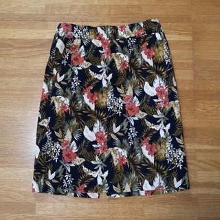 イッカ(ikka)のボタニカルスカート(ひざ丈スカート)