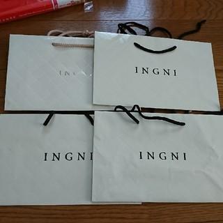 イング(INGNI)のINGNI 紙バッグ ショッパー(ショップ袋)