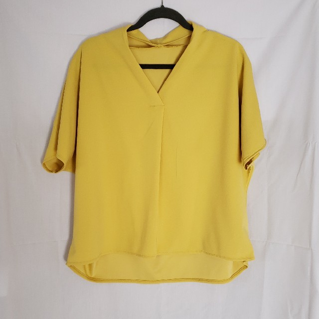 GU(ジーユー)のGUスキッパータックブラウス レディースのトップス(シャツ/ブラウス(半袖/袖なし))の商品写真