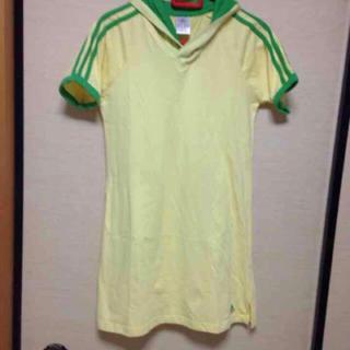 アディダス(adidas)のアディダスTシャツチュニック(Tシャツ/カットソー(半袖/袖なし))