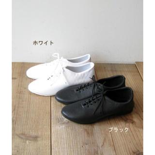 ミナペルホネン(mina perhonen)のダンスジャズ レザーシューズ サイズ4(ローファー/革靴)