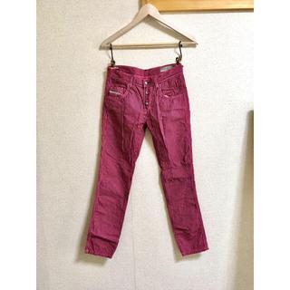 ディーゼル(DIESEL)のdieselのストライプパンツ ピンク色 細身のパンツ(パンツ/スパッツ)