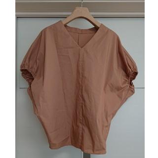 ジーユー(GU)のGU ジーユー Vネック ボリュームスリーブ 半袖 ブラウス(シャツ/ブラウス(半袖/袖なし))
