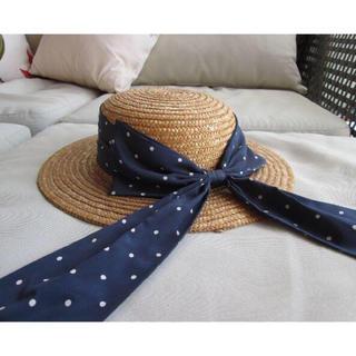 イワタヤ(岩田屋)の紺水玉リボン付きストローハット(麦わら帽子/ストローハット)